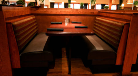 restaurant-booths-and-tables